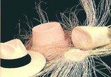 Handgemaakte Panama hoed in klassiek Fedora model